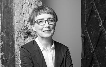 Hildegund Amanshauser, Direktorin