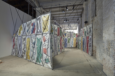 Ausstellungsansicht von Yorgos Sapountzis