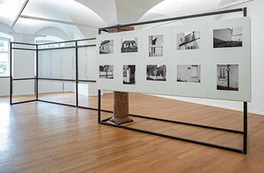 Leon Kahane, Les Drancéens, 2021, exhibition view, Kunst im Traklhaus, photo: Rudolf Strobl